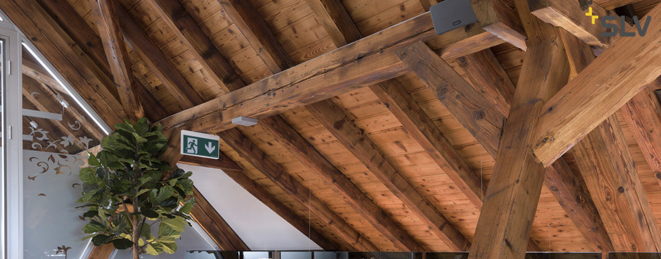 Notbeleuchtung-Notlicht-Sicherheitsbeleuchtung-Notbeleuchtung-LED-Notbeleuchtung-LED-mit-Akku-SLV-SLV-Notbeleuchtung-SLV-Notlicht-SLV-Sicherheitsbeleuchtung-SLV-Notbeleuchtung-LED-